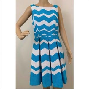 Just Taylor women's dress 8 fit flare blue white